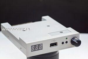 Gotek Floppy Emulator met Rotary Encoder [Beige-Grijs] Voor aanzicht