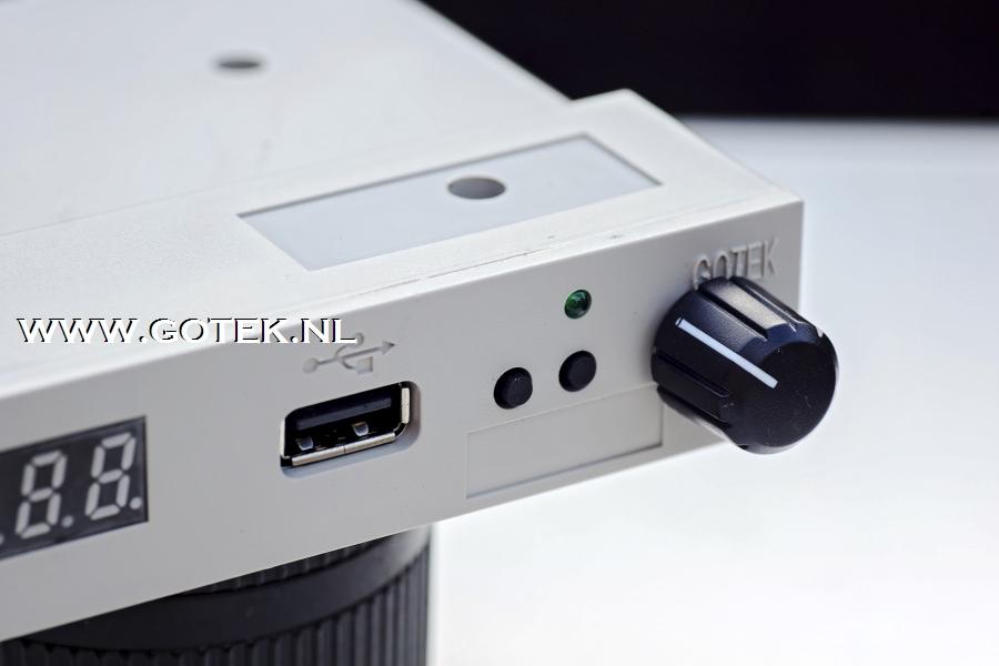 Gotek Floppy Emulator met Close up van de Rotary Encoder