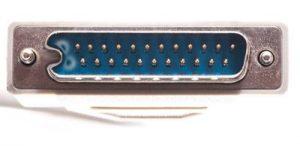 DB-25 Gemodificeerd naar DB-23 voor de Amiga Floppy poort