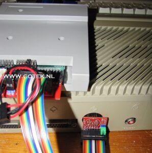 Deluxe extern Gotek Interface voor de Atari ST in werking