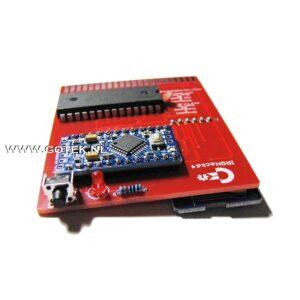 IRQHack64 close up van Micro-SD kaartslot